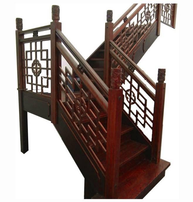 花格护栏楼梯